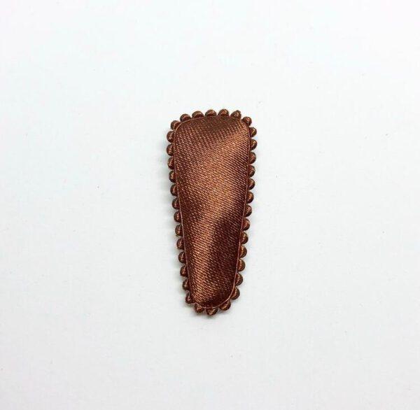 Haarspeldje bruin satijn geribbelde rand 3,5cm