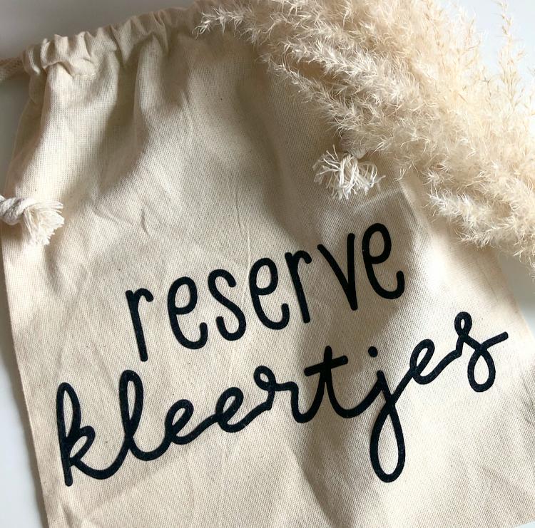reserve kleertjes 1
